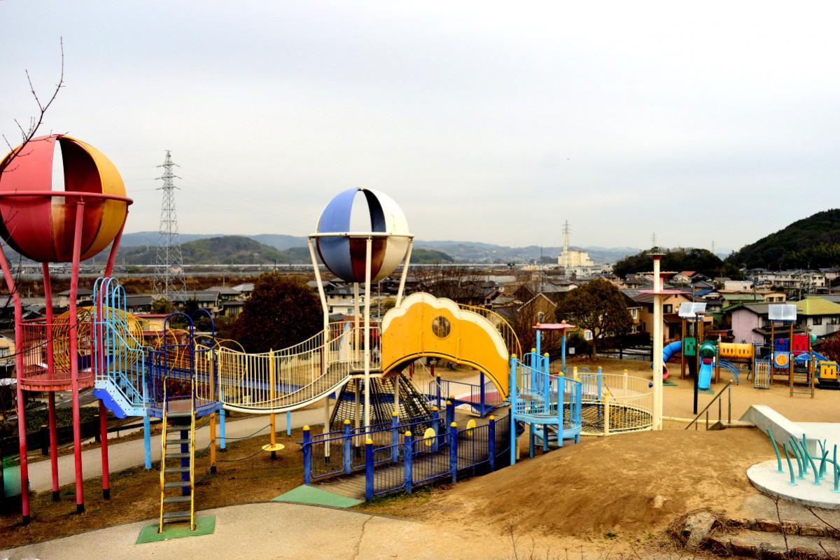 遊び方は無限大!たのしい遊具で遊べる岡山・倉敷おすすめ公園8選 ...
